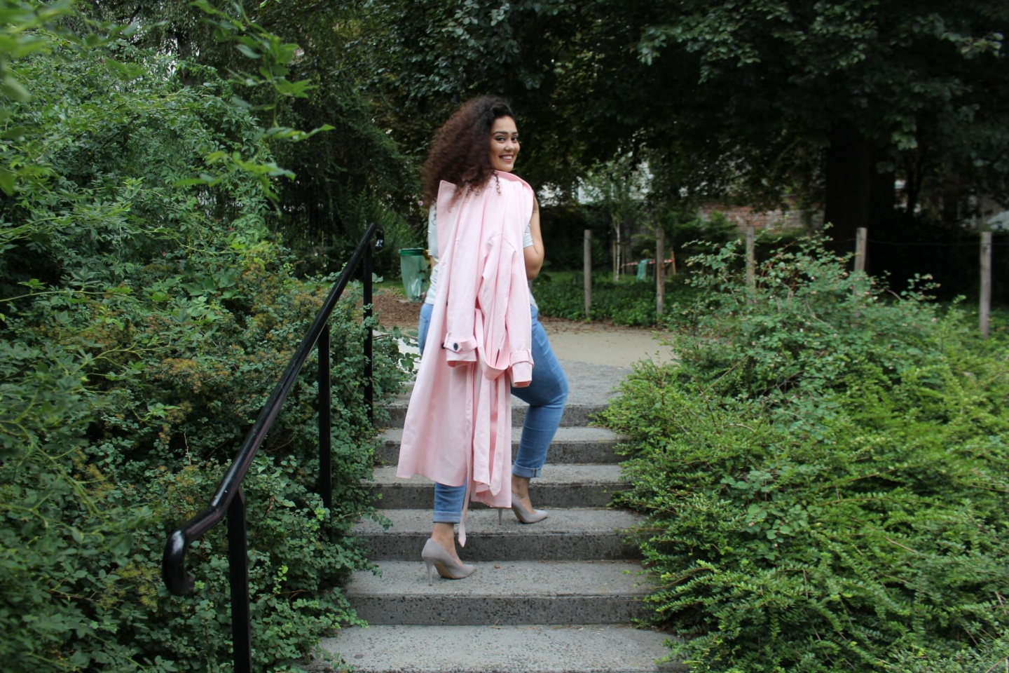 Trench Zara Je suis une rebelle blogueuse mode grande taille et lifestyle